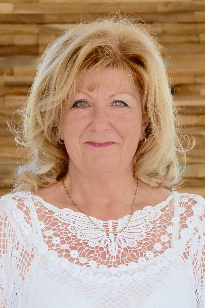 Friseur-Vilsheim-Karin Melnik